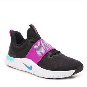 NIKE TR9   Workout athletic run walk sneaker 9.5